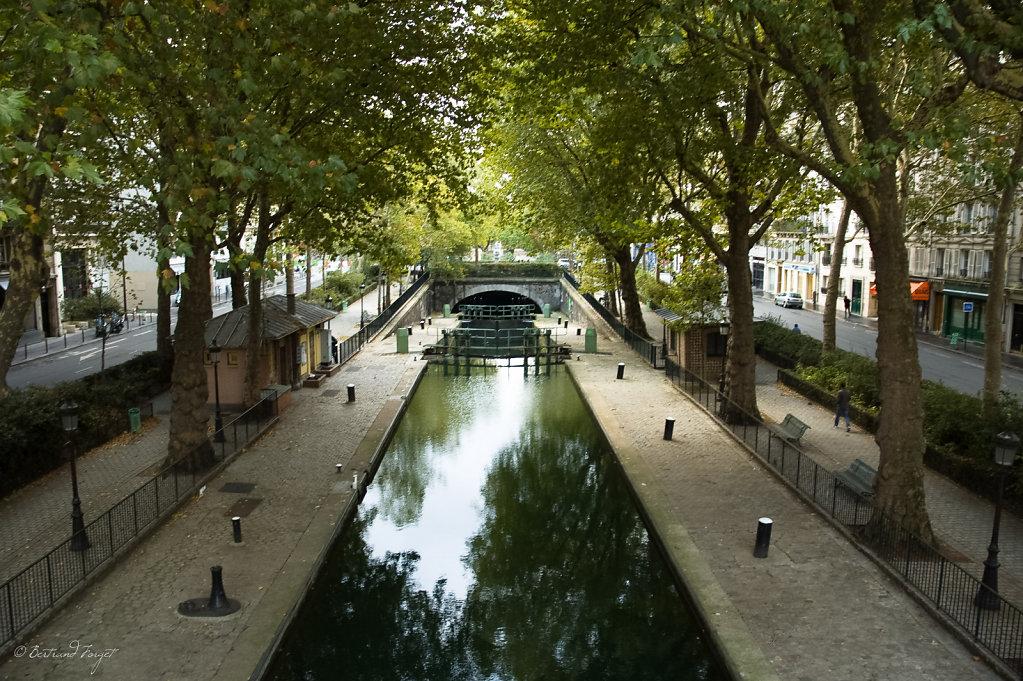 Photo d'une du canal Saint-Martin proche de République, prise d