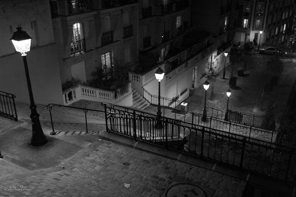 photos-paris-montmartre-escalier.jpg