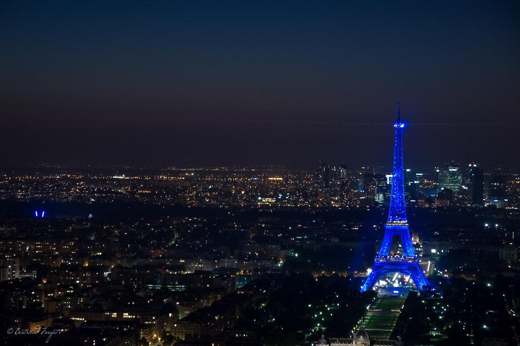 Tour Eiffel depuis la Tour Montparnasse à Paris en Août 2008,